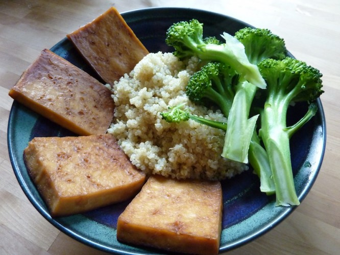 Broccoli, Tofu and Quinoa